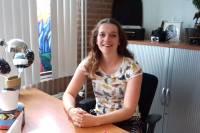 Iris van Terwisga maakt zich hard voor jongeren met opleiding, maar zonder passende baan.